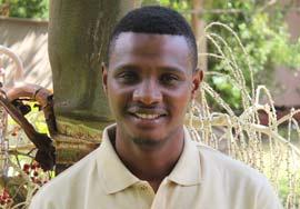 lukas-tanzania-safari-staff